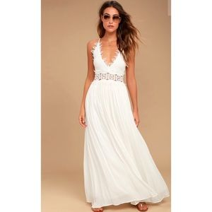 """Lulu's """"This is Love"""" White Lace Dress"""